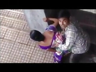 कैम सेक्सी मूवी फुल हिंदी पर धूम्रपान श्यामला खेलता है