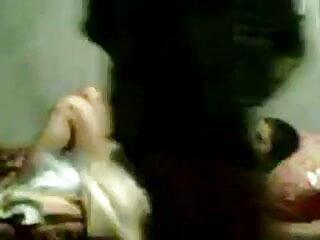 वह अपने BF हिंदी मूवी फुल सेक्स की कार में एक अजनबी गड़बड़ कर दिया