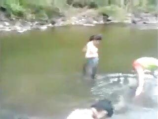 शौकिया हिंदी में सेक्सी वीडियो फुल मूवी प्रेमिका गुदा डबल प्रवेश और चेहरे
