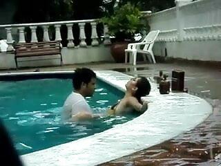 सेक्सी सेक्सी हिंदी एचडी फुल मूवी हवाना अदरक