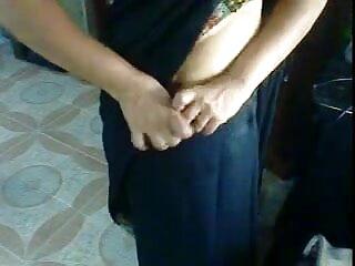 गर्म गर्म सेक्सी मूवी फुल एचडी हिंदी में नीना हार्टले एक गर्म किशोर के साथ छेड़खानी करता है