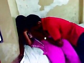 इंदिरा वर्मा - काम सूत्र: सेक्सी फिल्म हिंदी फुल एचडी प्यार की एक कहानी