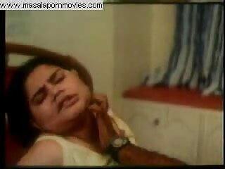 bbw फुल सेक्स हिंदी फिल्म किशोर कैमरे के साथ खेलता है