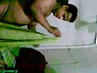 लिफ्ट में सेक्सी हिंदी फुल मूवी 2 डिक्स