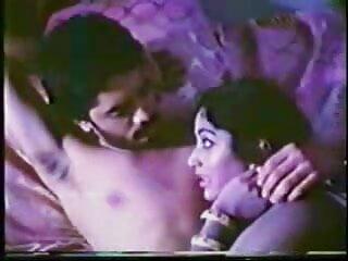 मादा याद आती सेक्सी फुल मूवी हिंदी में है और एक जोड़ी